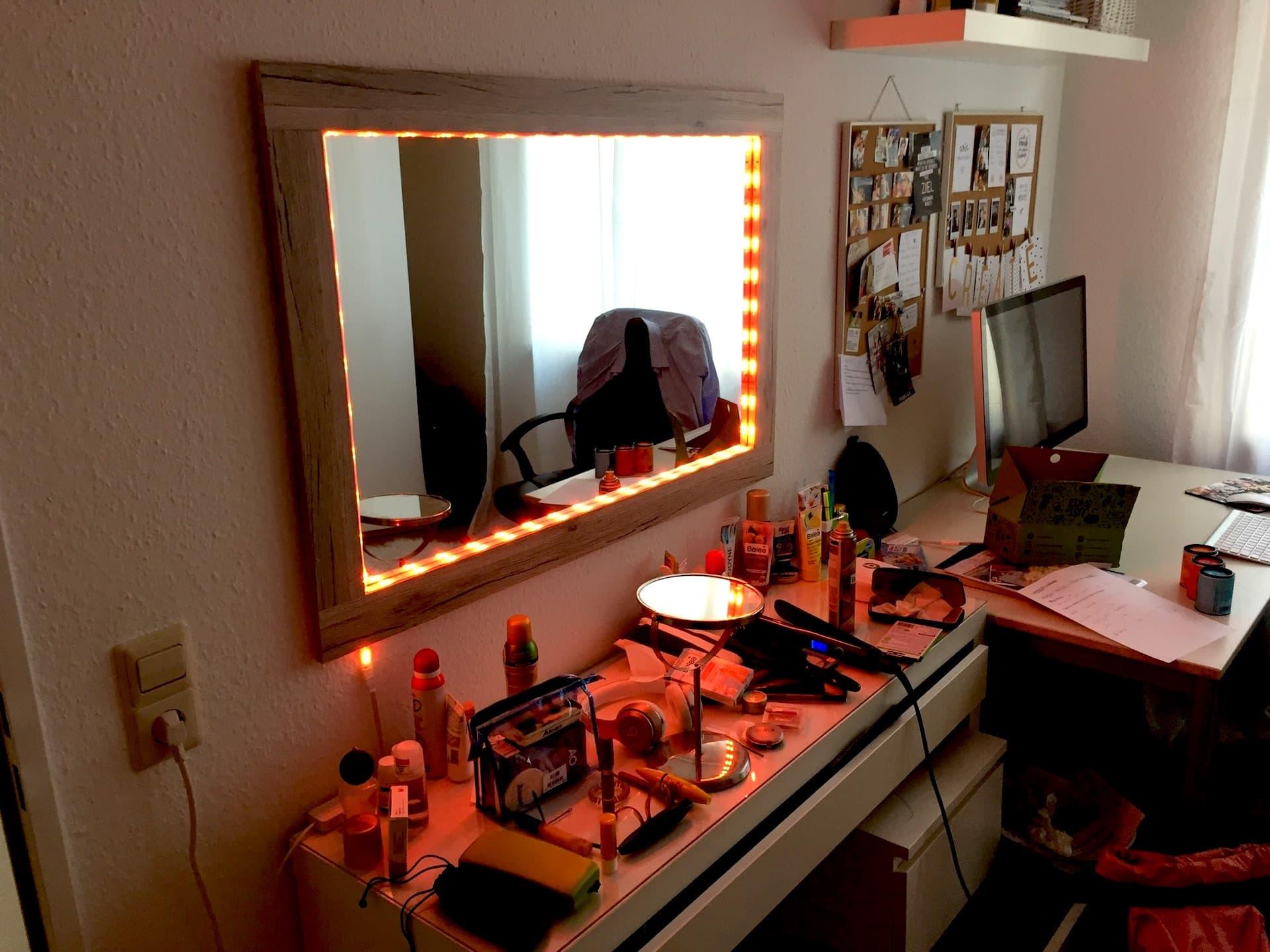 8 einrichtungs ideen mit philips hue lampen homesuits. Black Bedroom Furniture Sets. Home Design Ideas